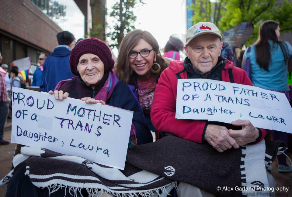 CHS Pics | Trans* Pride swells to thousands for march, rally on Capitol Hill